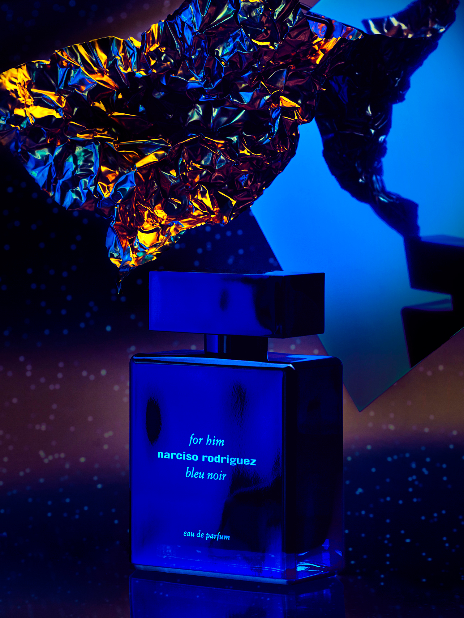 scent editorial with for him bleu noir by narciso rodriguez