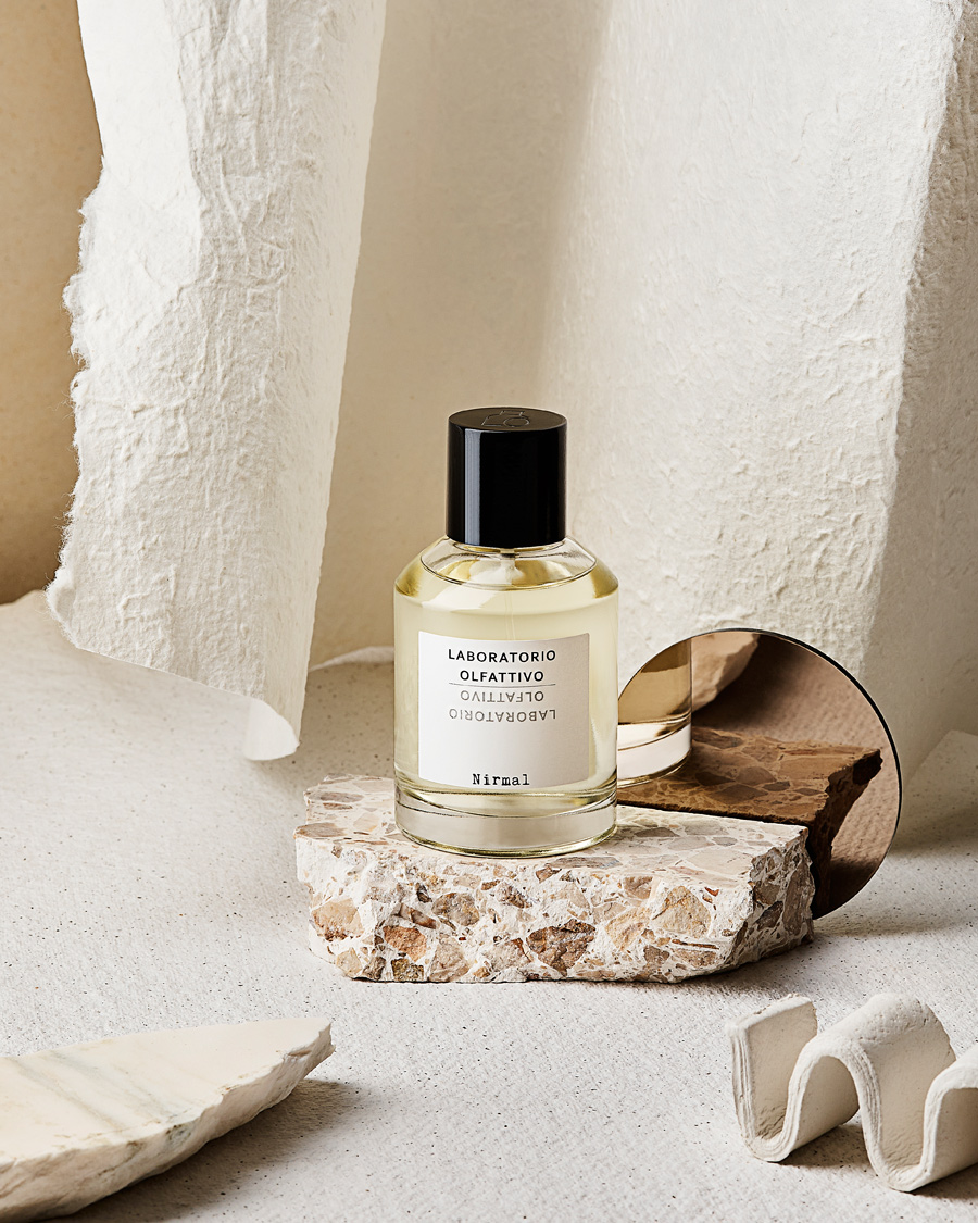 niche perfume nirmal by laboratory olfattivo